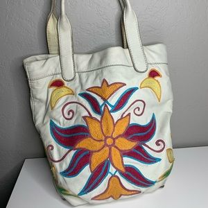 Lucky Brand White Leather Embroidered Floral Tote